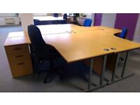 Pod of 4 office desks with drawers - Beech