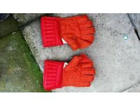 Cricket Wicket Keeping Gloves for Sale - NEW
