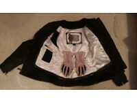 Ladies or Child Frank Thomas Black leather bike jacket small fitted with Pink Frank Thomas Gloves