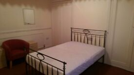 £65pw LARGE Double room for rent Includes Bills - HUDDERSFIELD -Lindley