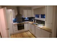 UNFURNISHED TWO BEDROOM TOWNHOUSE AVAILABLE WITH GARDEN, FERRY VILLAGE