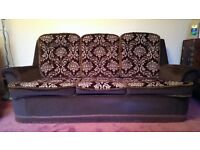 Comfy 3-piece retro classic sofa suite - 1 x three-seater sofa and 2 x armchairs
