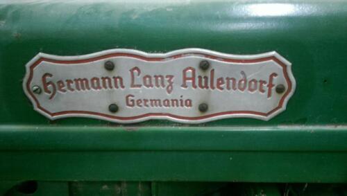 hela traktor hermann lanz aulendorf in bayern. Black Bedroom Furniture Sets. Home Design Ideas