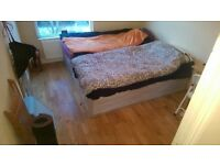 TWIN ROOM JUST CAME AVAILABLE IN ST JOHN'S WOOD! 27P