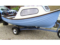 FISHING BOAT FOR SALE COMPLETE WITH 5 HP FOUR STROKE YAMAHA ENGINE AND SOLID ROAD WORTHY TRAILER