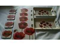 Poppy placemats, trays bundle