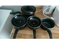 Black Pots set