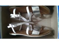 Clark's silver and white leather sandals size 5 USED
