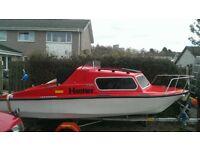 Cabin cruiser/day boat