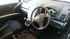 Toyota Corolla Verso 2.2 D-4D T180 MPV 5dr Diesel Manual Family Car ideal for holidays. LONG MOT