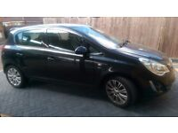 2013 barely used black corsa