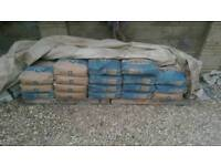 36 25kg bags of blue circle cement