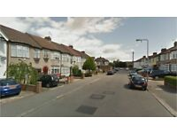 Chadwell Heath RM6. Newly Redecorated Light & Spacious 2 Bed Furnished Flat on Quiet Street