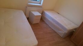 BEAUTIFUL CHEAP TWIN ROOM TO RENT ARCHWAY AREA CLOSE TO THE TUBE STATION. 76A