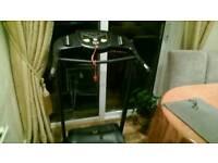 Treadmill (Everlast) Running Machine