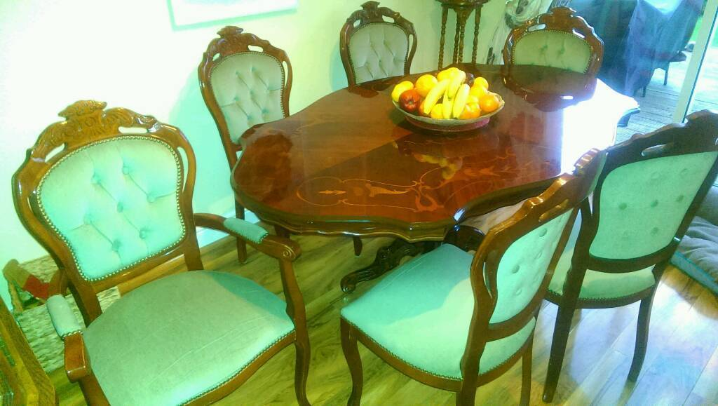 Dining Table New Waltham Lincolnshire 20000 Iebayimg 00 S NTc5WDEwMjQ
