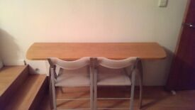 Nice wooden table for sale (extendable), *could be used as a desk/workstation also*