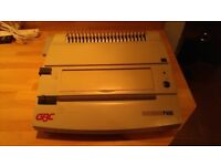 GBC Docubind P400 Electric Push Button Comb Binder / Ring Binder System + assorted combs & leaflet