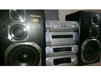 Technics Hi-Fi Amplifier/Sound Processor/cassete deck/ 5 DISC CD/DVD PLAYER