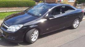 2007 Vauxhall Astra TwinTop Convertible 1.8 Petrol Manual