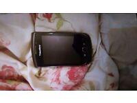 Blackberry torch 9800 unlocked looks nearly new
