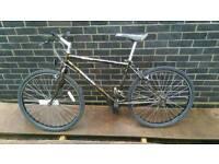 """Gents Town bike MTB (Medium sized 17"""")"""