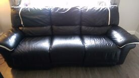 2&3 leather seater recliner couch