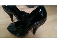 New genuine patent burberry heels fit 5.5 uk