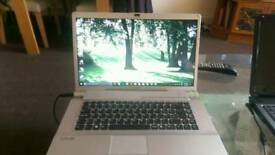 SONY VAIO VGN-FW11S 17 iinch laptop