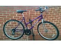 "Hybrid Bike Magna Glacier 26"" Wheels"