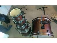 Mapex horizon 5 piece drum kit