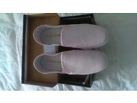 Firetrap pink pumps brand new size 5 never been worn
