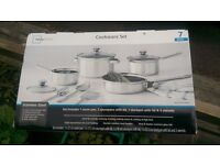STAINLESS STEEL COOKWARE SET 7 PIECE