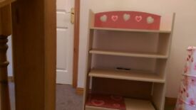 Girls heart bookcase