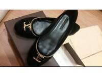 Authentic Louis Vuitton Ladies Flat shoes size 6.5