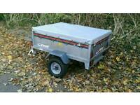 Trailer Erde 121with cover