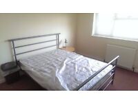 Spacious newly refurbished double room available in a 4-bed house