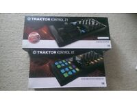 DJ Mixer and Decks - Traktor Kontrol Z1 & X1 (Like new)