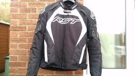 RST Tractech Evo Motorcycle Jacket Waterproof Armoured Motorcycle Very Good Condition