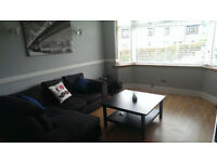 Double Bedroom Available in Immaculate Modern Furnished House In Sighthill Area Of Edinburgh.