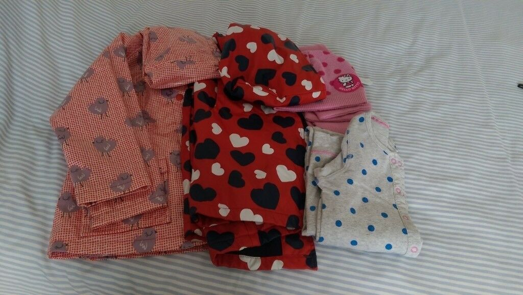 4a086d2c4 Young Girls Rainproof Coats size 6/7 years, Hello Kitty scarf and hat.  Sleepsuit