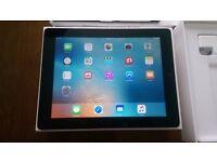 Apple iPad 4th Generation 32GB, Wi-Fi, 9.7in Retina Display Black/Silver