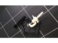 Hairdressing head clamp