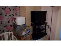 **FREE** Flat Clearance in Renfrew - everything must go by Thursday night!!!
