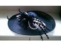 Hatinator only worn once for wedding black / blush pink ostrich feathers