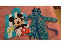 A MICKEY MOUSE HOUSE COAT AND TOWEL SET