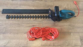 Makita Electric Hedge Trimmer, Long Blade 70cm with an Extra Long Cable