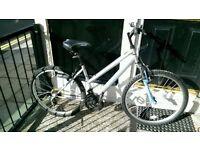 Apollo XC.26 sliver/blue bike in really good condition