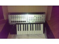 Novation 25 SL MKII, midi keyboard conntroller