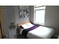 DOUBLE ROOM IN HUNTERS BAR £350 PM INCLUSIVE OF BILLS